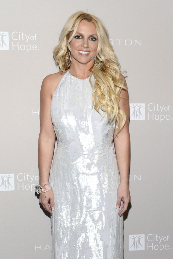 Britney-Spears-Wearing-a-Silver-Halston-Heritage-Dress-At-The-City-Of-Hope-Gala-11