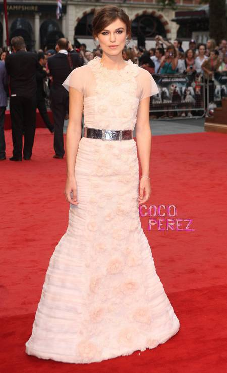 keira-knightley-chanel-couture-anna-karenina-london-premiere__oPt